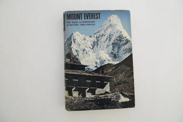 Mount Everest; Aufbau, Erforschung und Bevölkerung des Everest-Gebietes