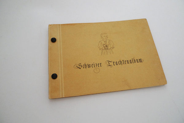 Schweizer Trachtenalbum