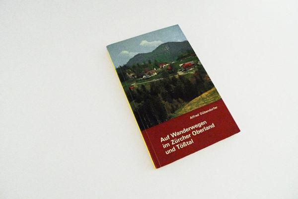 Auf Wanderwegen im Zürcher Oberland und Tösstal