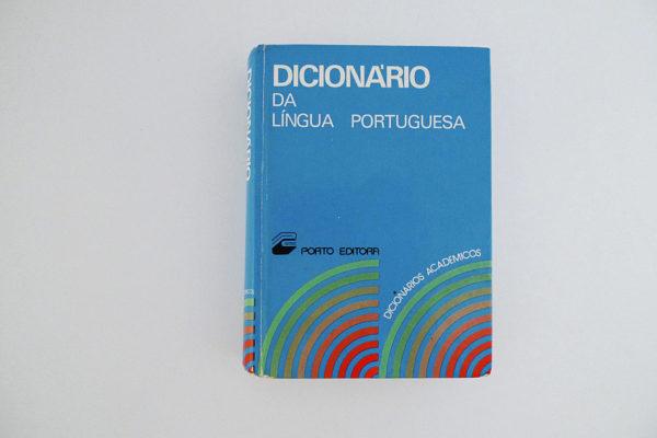 Dicionário da Língua Portuguesa