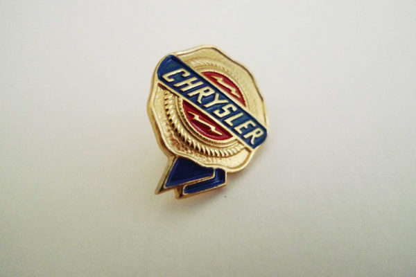 Pin Chrysler