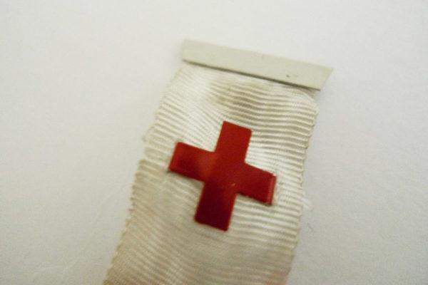 Pin Rotes Kreuz