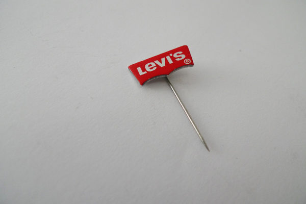 Anstecknadel Levi's