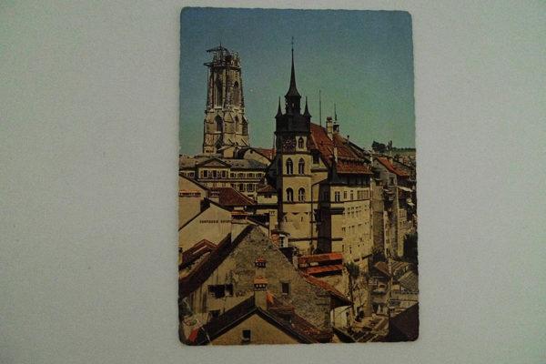 Fribourg - Hotel de Ville et Cathedrale