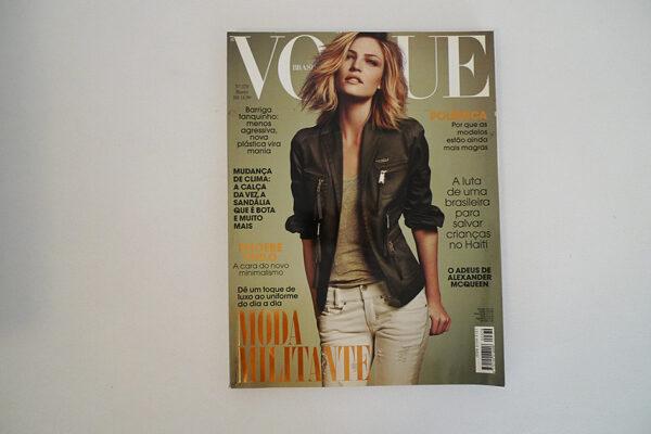 Vogue Brasil, 379