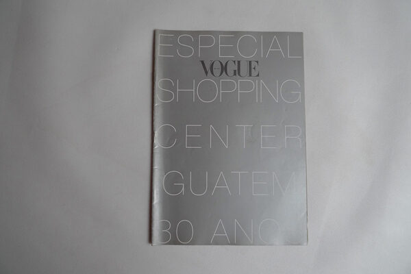 Vogue Brasil; Shopping Center Iguatemi 30 anos