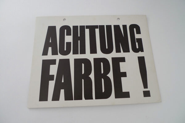 Achtung Farbe!